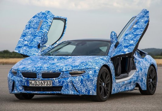 BMW i8 talk technology