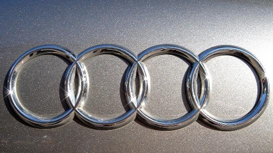 Audi Reveals A9 Concept For LA Auto Show