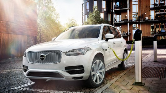 Volvo XC90 T8: Details and figures