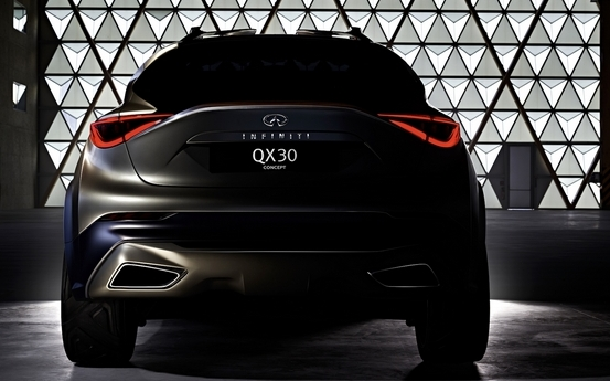 Geneva 2015: First teaser for the Infiniti QX30