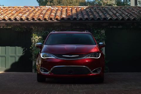 2017 Chrysler Pacifica is presented in Detroit with 115 unique innovations