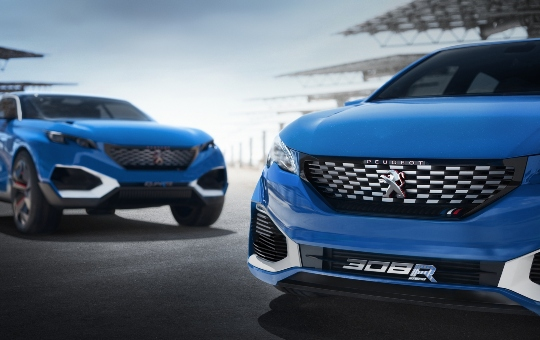 Peugeot 308 R Hybrid, a super compact hybrid and sporty